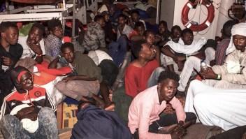 Lifeline, el buque con cientos de migrantes que nadie quiere recibir