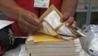 Mexicanos fuera del país dan su opinión sobre las elecciones