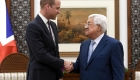 El príncipe Guillermo se reúne con el presidente del gobierno palestino, Mahmoud Abbas