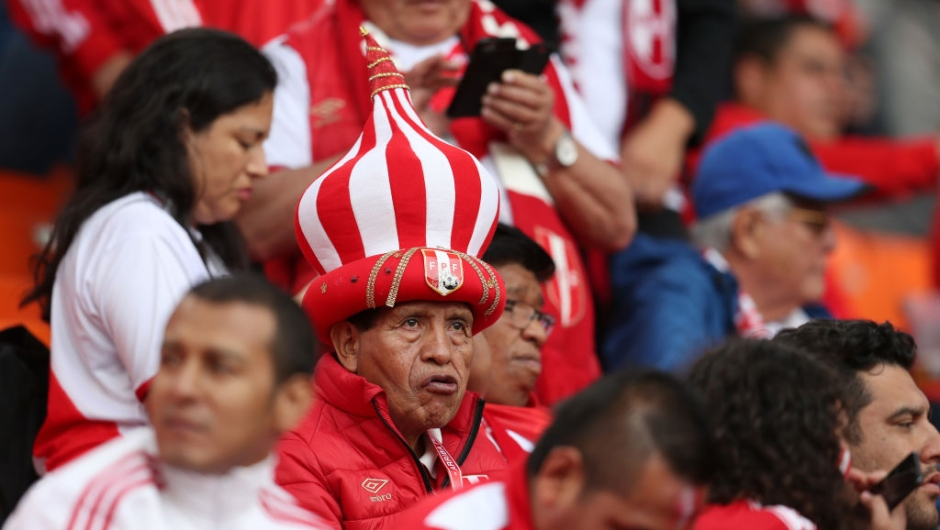 YEKATERINBURG, RUSSIA - JUNE 21: A Peru fan enjoys the pre match atmosphere prior to the 2018 FIFA World Cup Russia group C match between France and Peru at Ekaterinburg Arena on June 21, 2018 in Yekaterinburg, Russia. (Photo by Catherine Ivill/Getty Images)