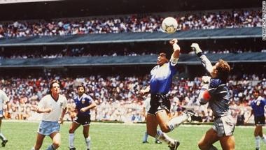 Así fue como Diego Maradona redefinió el fútbol en menos de 5 minutos