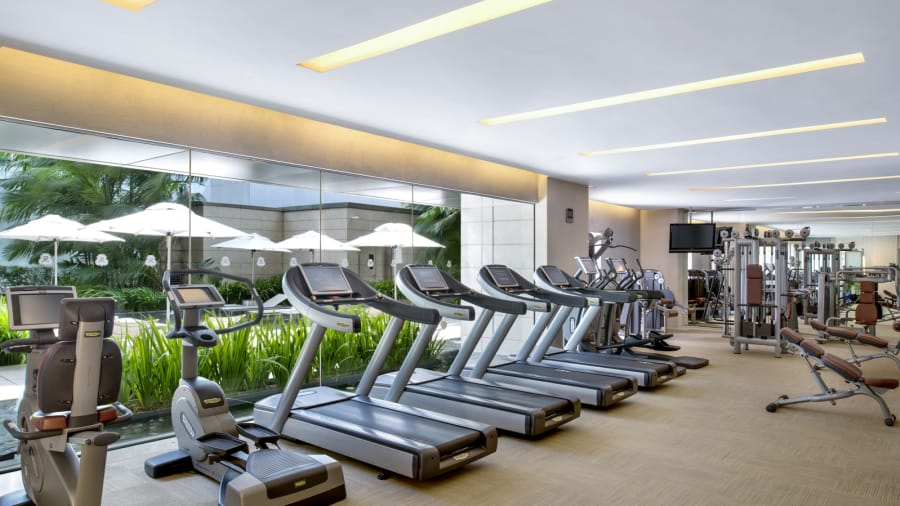 Gimnasio: los guardaespaldas de Kim, famosos por correr junto a su coche, pueden practicar en su cardio en el gran gimnasio del hotel.