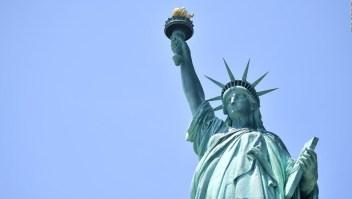 #ElDatoDeHoy: se trepó a la Estatua de la Libertad y tendrá consecuencias legales