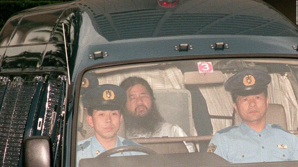 Japón ejecuta al líder Shoko Asahara por ataque con gas sarín en 1995