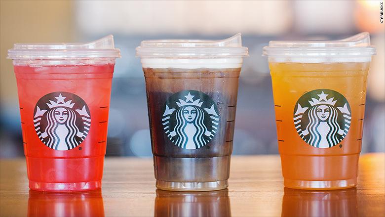 Starbucks comenzará a desplegar las nuevas tapas para todas las bebidas en unos meses,