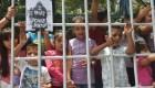 """Analistas: Separar familias es una """"política de terror ilegal"""""""