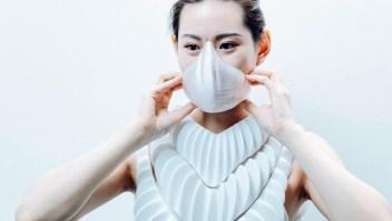 Una máscara para respirar bajo el agua