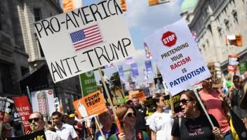 Mujeres inglesas contra Trump