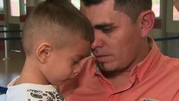 """Padre inmigrante separado de su hijo: """"Yo lloré, me le hinqué, no me lo quisieron dar """""""