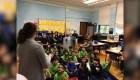 Maestra de escuela en Chicago despierta solidaridad