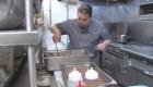 Chef envía mensaje a sus clientes sobre inmigrantes en EE.UU.