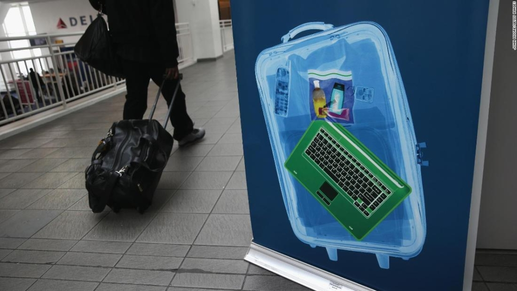 Control de equipaje en un aeropuerto