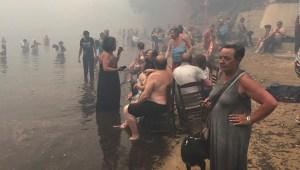 En Grecia el mar los salvó de la muerte
