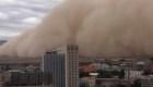 Espesa tormenta de arena cubre ciudad china