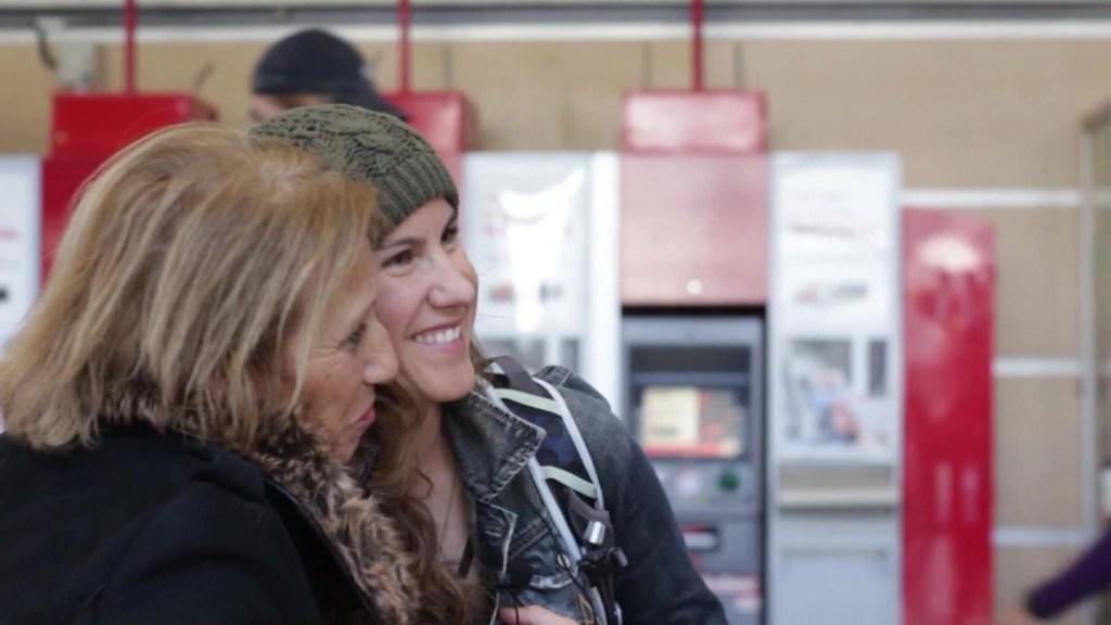 De EE.UU. a Chile 36 años después para conocer a su madre