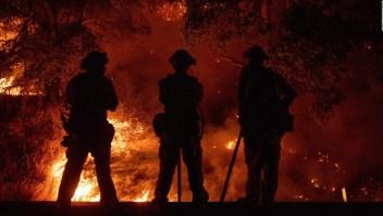 Incendios arrasan más de 40.000 hectáreas en California