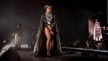 Showbiz Expres Beyonce y JLo hacen historia