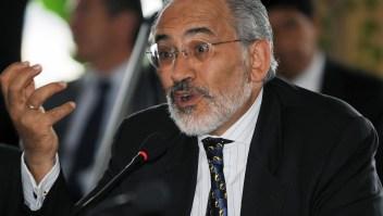 Carlos Mesa, expresidente de Bolivia, en una imagen de archivo en 2008. (Crédito: AIZAR RALDES/AFP/Getty Images)