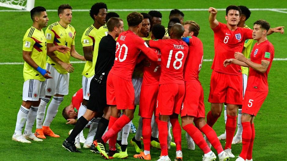 Discusión entre los jugadores de Inglaterra y Colombia. (CrédiO: MLADEN ANTONOV/AFP/Getty Images)Discusión entre los jugadores de Inglaterra y Colombia. (CrédiO: MLADEN ANTONOV/AFP/Getty Images)