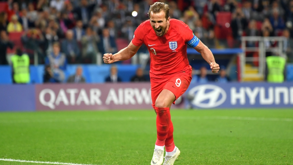Harry Kane celebra su gol con Inglaterra ante Colombia. (Crédito: Dan Mullan/Getty Images)