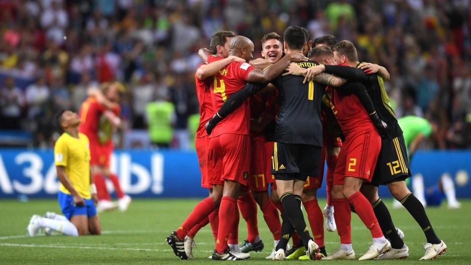 El equipo de Bélgica celebra su victoria ante Brasil. Se enfrentará a Francia en las semifinales del Mundial. (Crédito: Laurence Griffiths/Getty Images)