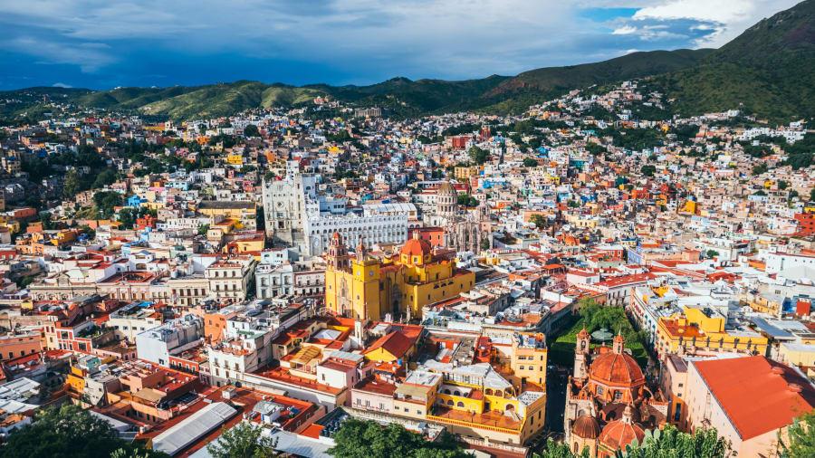 Guanajuato, México: El estado mexicano de Guanajuato es conocido por sus coloridos edificios, su hermosa cerámica y su impresionante arquitectura.