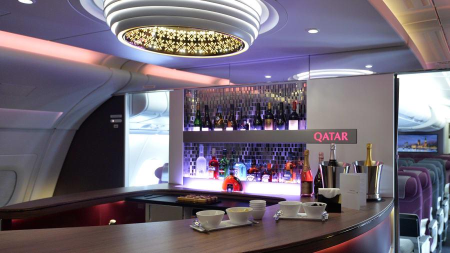 Mejor aerolínea de primera clase: si deseas disfrutar de lujo antes de subir a tu vuelo, no busques más allá de Qatar Airways, que ganó el premio al mejor salón de vuelos de primera clase.