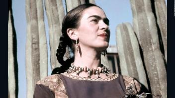 Con sus atuendos, Frida Kahlo puso a México en el mapa político