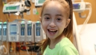 """Mira a esta niña hacer el """"desafío Kiki"""" de Drake en el hospital"""