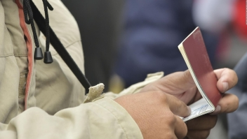 Ecuador exigirá pasaporte a los venezolanos