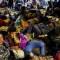 """""""Tengan piedad"""", pide venezolana en paso fronterizo a Ecuador"""