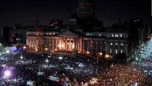 Argentinos piden el desafuero de Fernández de Kirchner