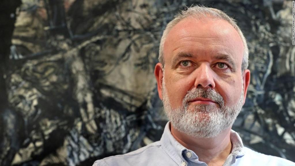 El director ejecutivo de Amnistía Internacional de Irlanda, Colm O'Gorman, que es un sobreviviente del abuso clerical, organizó una manifestación durante la visita del papa Francisco a Dublín. (Crédito: Niall Carson/PA Images via Getty Images)