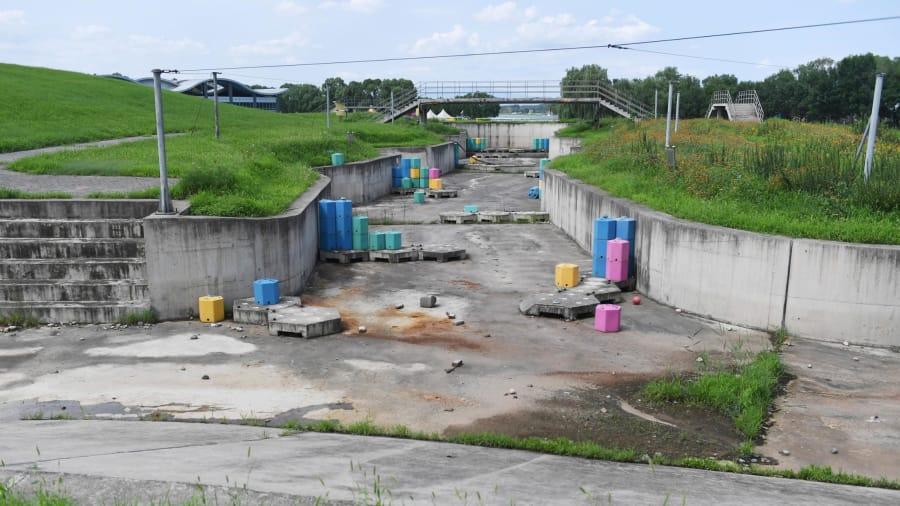 Antes y después: El estadio de kayak de aguas bravas diseñado específicamente para los Juegos Olímpicos de Beijing 2008 ya no está en uso.