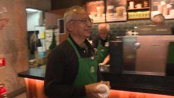 No eres demasiado viejo para trabajar en Starbucks