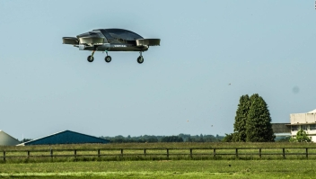 Firma británica prueba taxi volador