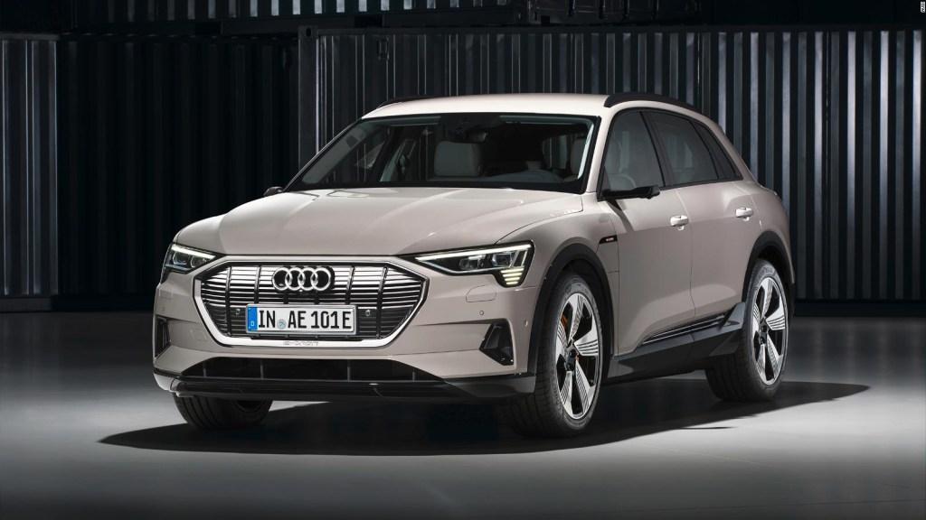 Audi lanza una camioneta totalmente eléctrica