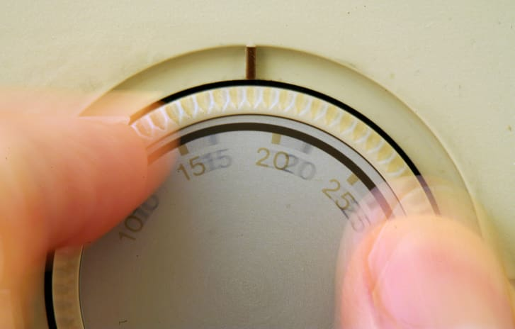 Los termostatos de oficina pueden no estar siempre operativos. (Crédito: Martin Keene / Imágenes PA / Getty Images)