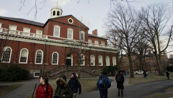 Demandan a Harvard por discriminación, ¿cuál es la razón?