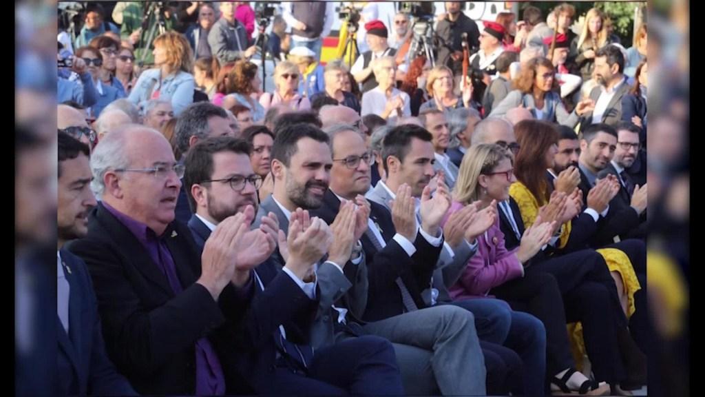 Marchan en Cataluña para celebrar el primer aniversario del referéndum de independencia