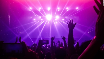 Discoteca, noche, ruido