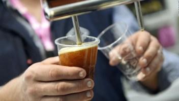 Contaminación global podría afectar producción de cerveza