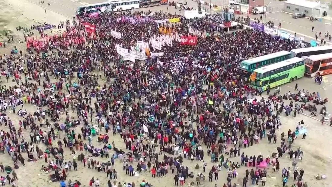 Argentina: realizan Encuentro Nacional de Mujeres en Trelew