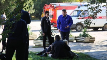 CRIMEA, RUSSIA - OCTOBER 17, 2018: The site of a bomb blast at a college in the Crimean city of Kerch; at least ten people have been killed in the explosion, over fifty have been injured. Yekaterina Keizo/TASS (Credit Image: ? Keizo Yekaterina/TASS via ZUMA Press)
