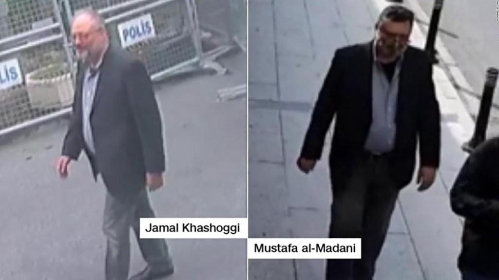 Un doble usa ropa del periodista saudí asesinado Khashoggi