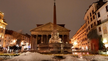 Granizada inunda Roma