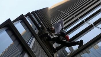 """El """"Spiderman francés"""" conquista otro rascacielos"""