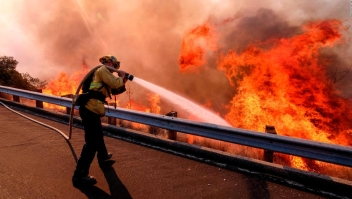 Incendios en California son consecuencias del calentamiento global