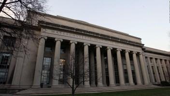 El MIT realiza exitosa prueba del primer avión sin motor