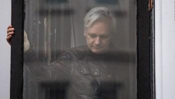 ¿Se entregará Assange a las autoridades británicas? Su abogado responde